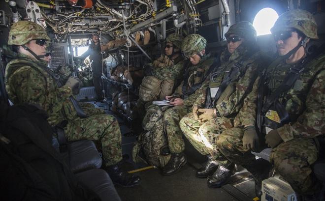 NI: Tàu sân bay Mỹ bị TQ không kích, gãy đôi và chìm trong 20 phút không còn là giả tưởng