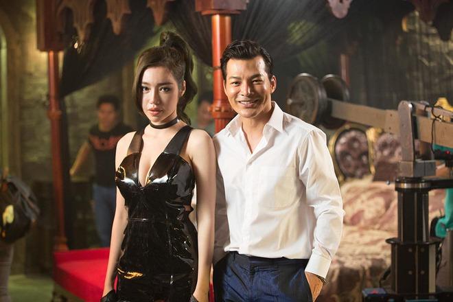 Elly Trần nóng bỏng khi đóng phim - Ảnh 10.