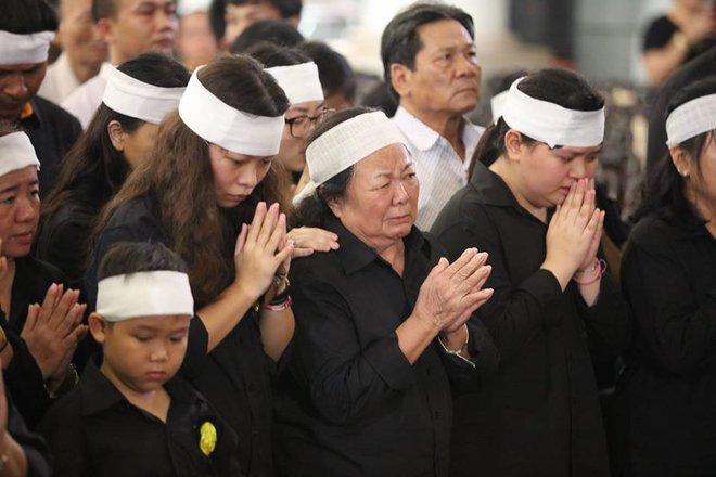 Hơn 1000 học sinh hát vang bài ca Lương Thế Vinh vĩnh biệt thầy Văn Như Cương - Ảnh 17.