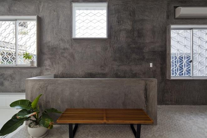 Bí mật trong ngôi nhà như lô cốt giữa Sài Gòn - Ảnh 4.