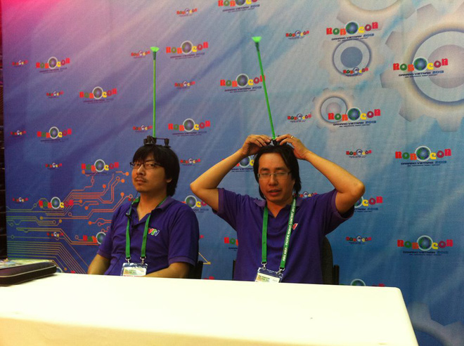 4 năm sau màn đâm chém, nhà báo Trương Anh Ngọc tiếp tục tái xuất bên giáo sư Xoay - Ảnh 4.