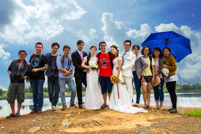 Cặp đôi nhà giàu giả nghèo để chụp ảnh cưới miễn phí và nỗi lòng của chàng nhiếp ảnh - Ảnh 3.