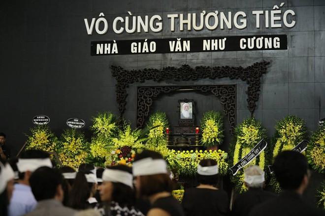 Hơn 1000 học sinh hát vang bài ca Lương Thế Vinh vĩnh biệt thầy Văn Như Cương - Ảnh 15.