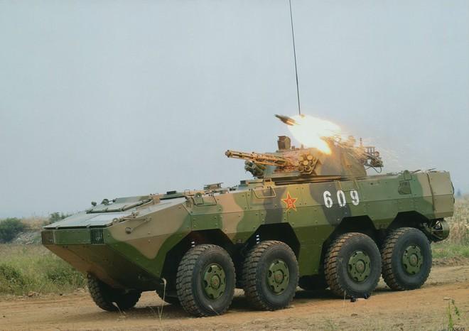 Điều động lượng lớn thiết giáp lên biên giới với Ấn Độ, TQ sẵn sàng tăng nhiệt cuộc chơi - Ảnh 2.
