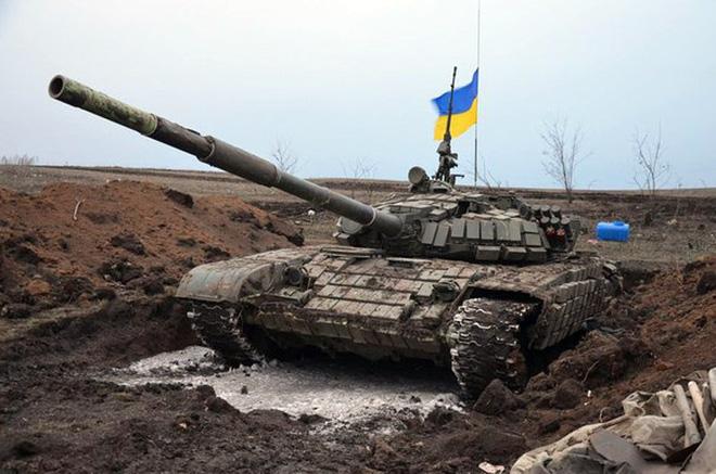 Mua T-72 nâng cấp từ Ukraine để phối hợp tác chiến cùng T-90, tại sao không? - Ảnh 2.