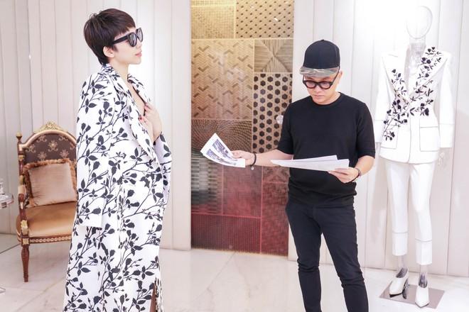 Tóc Tiên háo hức thử đồ để diễn tại MAMA 2017 - Ảnh 8.
