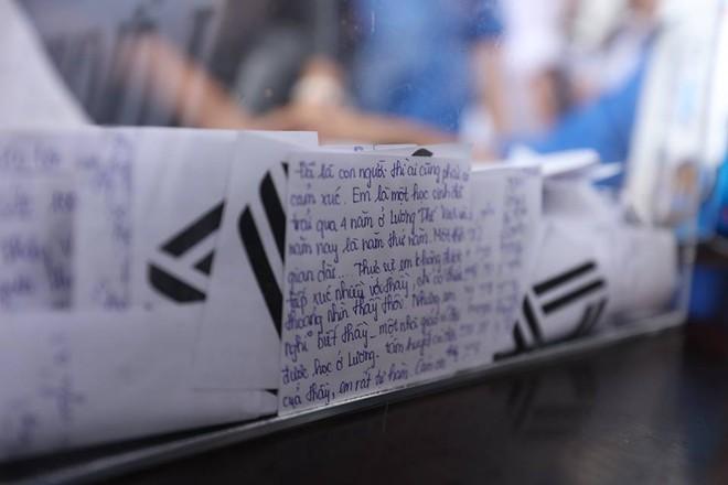 Hơn 1000 học sinh hát vang bài ca Lương Thế Vinh vĩnh biệt thầy Văn Như Cương - Ảnh 20.