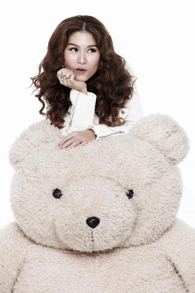 Ngọc Thanh Tâm khoe vóc dáng gợi cảm trong bộ ảnh mới - Ảnh 9.