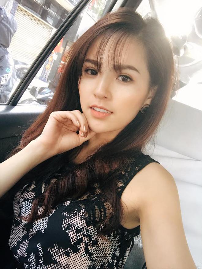 Ảnh đời thường sexy của nữ diễn viên Phi Huyền Trang - Ảnh 3.