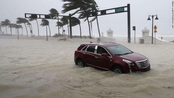 Siêu bão quái vật Irma tấn công dữ dội, Florida chới với trong biển nước - Ảnh 14.
