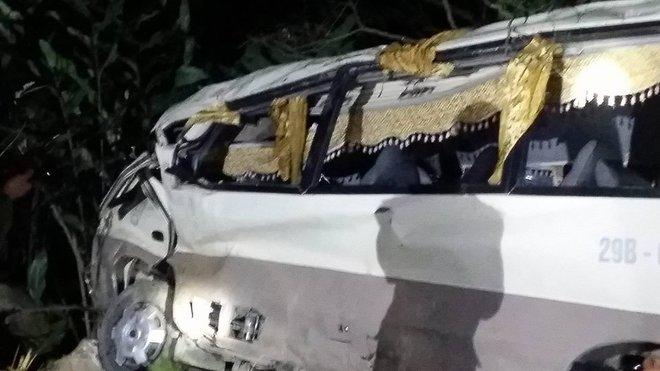 Vụ xe khách Sa Pa - Lào Cai lao xuống vực: 23 nạn nhân đều có quan hệ họ hàng, anh em - Ảnh 1.
