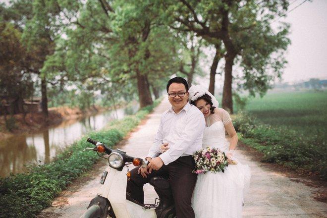 Bộ ảnh 100 năm đám cưới Việt Nam khiến người xem vừa lạ vừa quen - Ảnh 8.