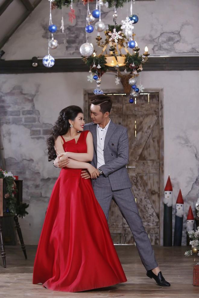 Ca sĩ Thu Hằng làm gái ế trong đêm Noel - Ảnh 3.