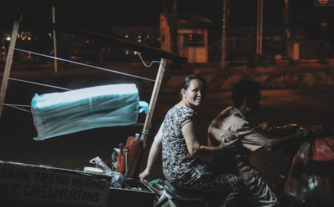 Xe hàng rong 25 năm và một tổ ấm đơn sơ của anh gù nhà thờ Đức Bà Sài Gòn