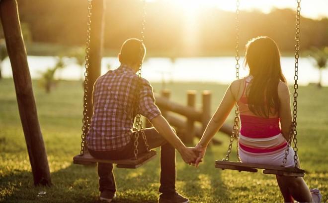 Quyết lấy người bố mẹ chê làm chồng, cô gái được đền đáp theo cách nhiều người ghen tị! - Ảnh 1.