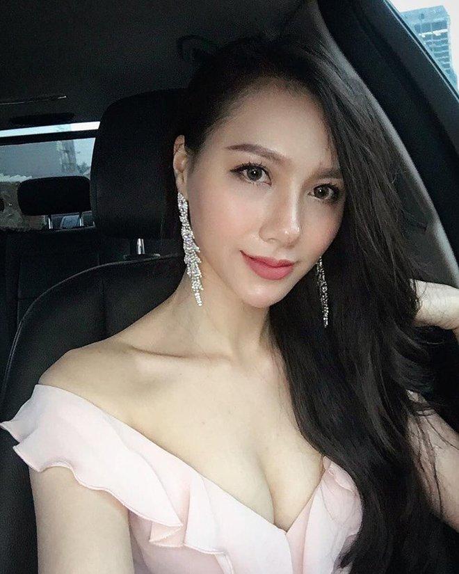 Cận cảnh vòng eo con kiến sexy của MC Minh Hà - Ảnh 9.
