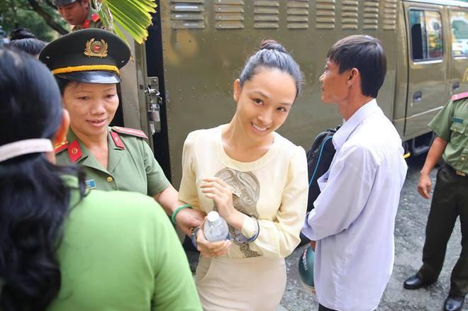 Hoa hậu Phương Nga: Số tiền 2,5 tỷ là tiền riêng bị cáo kinh doanh mà có - Ảnh 7.