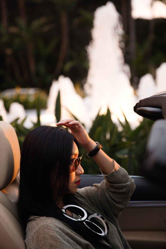 Nữ hoàng nóng bỏng Y Phụng xuất hiện bên siêu xe đắt tiền - Ảnh 7.