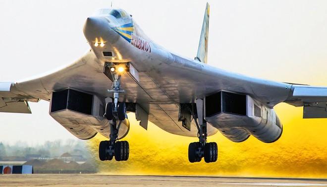 Bước ngoặt mới của chương trình chế tạo máy bay ném bom tương lai PAK DA - Ảnh 1.