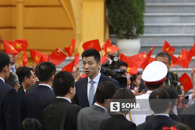 Nhận diện gương mặt đặc biệt trong đội cận vệ tinh nhuệ theo ông Tập sang thăm Việt Nam - Ảnh 15.