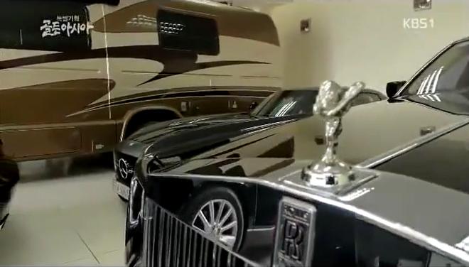 Biệt thự dát vàng và dàn siêu xe hoành tráng của bố chồng Hà Tăng lên sóng truyền hình Hàn Quốc - Ảnh 9.