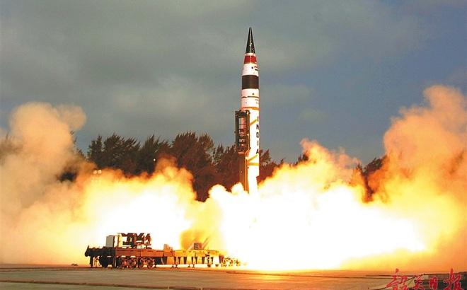 Đối đầu Trung-Ấn: Từ kẻ ngoài cuộc, Ấn Độ khiến Bắc Kinh phải nể sợ vì sức mạnh hạt nhân