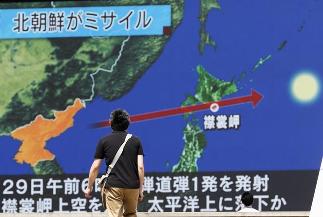 Bài học Berlin buộc Moskva rút tên lửa đạn đạo hé lộ giải pháp Nhật, Hàn chống Triều Tiên - Ảnh 1.