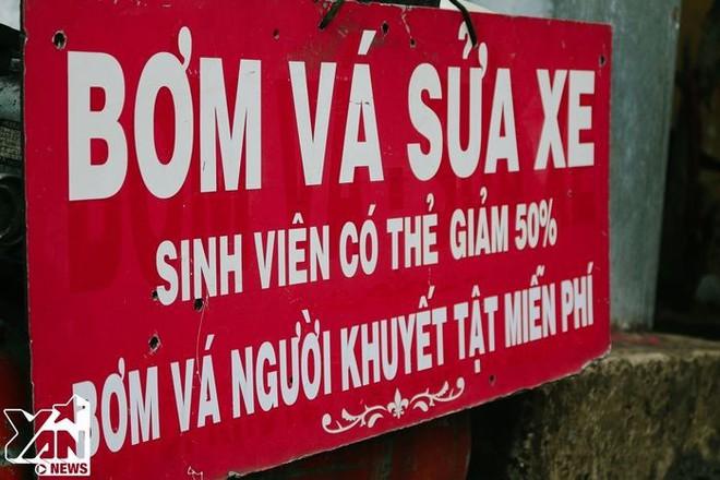 Những điều ý nghĩa về tình người chỉ có ở Sài Gòn vào những ngày mưa - Ảnh 8.