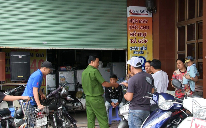 Nhân viên cầm dao đâm chết quản lý trung tâm điện máy ở Sài Gòn