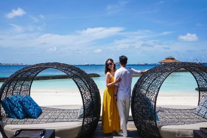 """Hường Chuối – Hotmom 9x cùng bạn trai giấu mặt ngao du """"Thiên đường Maldives"""" hết 85 triệu - Ảnh 9."""