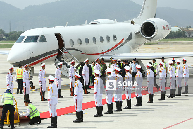 [CẬP NHẬT] Thủ tướng Lý Hiển Long cùng phu nhân tới Đà Nẵng trước thềm lễ đón chính thức - Ảnh 2.