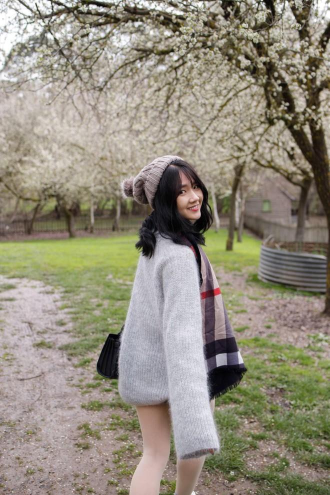 Một năm sau khi ảnh được lên Reuters, cô gái Sài Thành giờ đã trở thành diễn viên được săn đón - Ảnh 8.