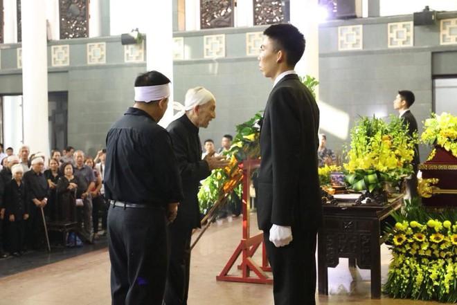 Tang lễ cụ Hoàng Thị Minh Hồ: Trưởng nam công khai di nguyện của cụ bà trước khi mất - Ảnh 4.