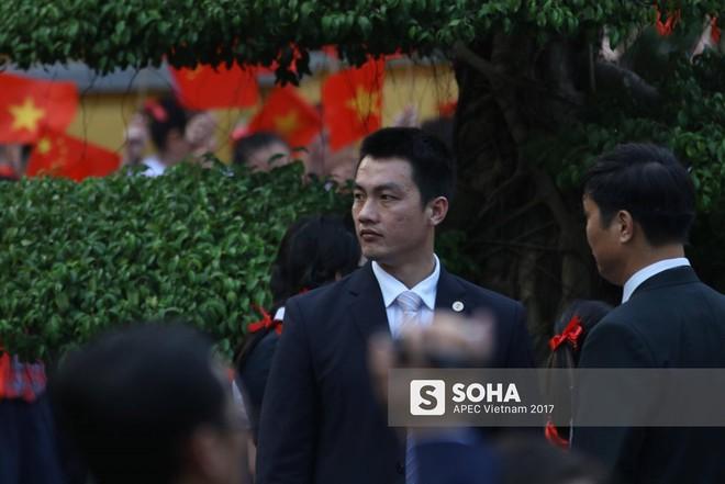 Nhận diện gương mặt đặc biệt trong đội cận vệ tinh nhuệ theo ông Tập sang thăm Việt Nam - Ảnh 4.