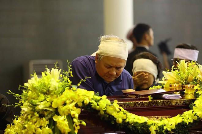 Tang lễ cụ Hoàng Thị Minh Hồ: Trưởng nam công khai di nguyện của cụ bà trước khi mất - Ảnh 22.