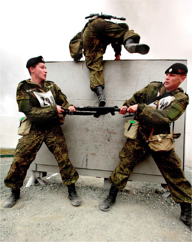 Tại sao lính thủy đánh bộ Nga là lực lượng tinh nhuệ nhất? - Ảnh 7.