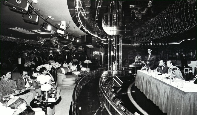 Những góc khuất trong hộp đêm nổi tiếng bậc nhất Hong Kong - Ảnh 6.
