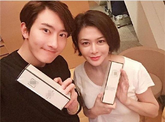 Chán đại gia, Quan Chi Lâm quay sang hẹn hò với trai trẻ - Ảnh 3.