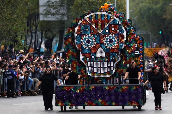 Ngày của Người chết - Lễ hội trên vùng đất vừa cướp đi sinh mạng của trăm người - Ảnh 8.