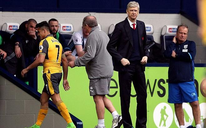 """Tiết lộ """"thỏa thuận miệng"""" mới nhất giữa Wenger và Arsenal"""