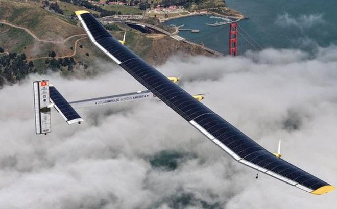 Máy bay năng lượng Mặt trời lần đầu tiên bay cao đến thế, gấp đôi Boeing 787