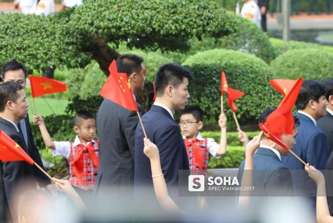 Nhận diện gương mặt đặc biệt trong đội cận vệ tinh nhuệ theo ông Tập sang thăm Việt Nam - Ảnh 13.