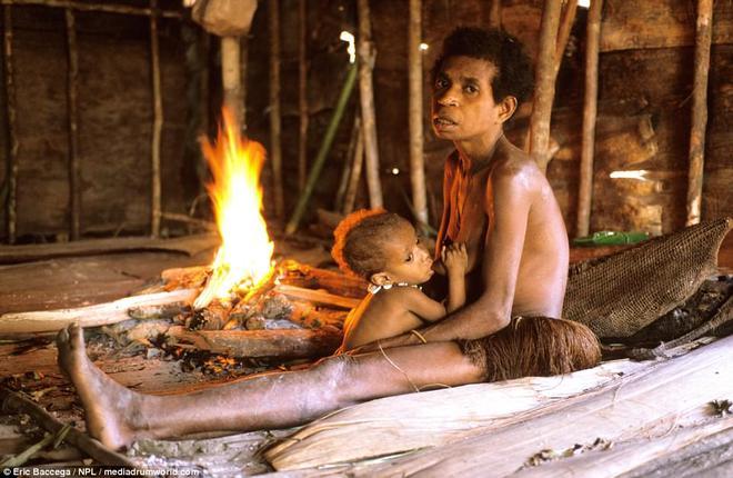 Cận cảnh bộ lạc sống trên cây, cao tới 50m và tách biệt với loài người ngay tại Đông Nam Á - Ảnh 7.