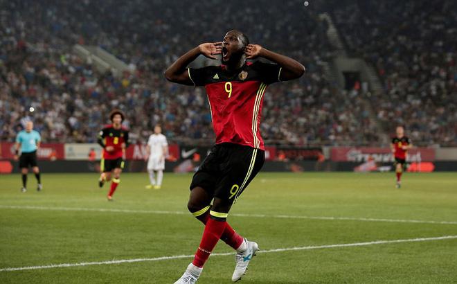 """Lukaku đánh đầu dũng mãnh sau 4 phút """"điên rồ"""", đưa Bỉ thẳng tiến tới World Cup"""