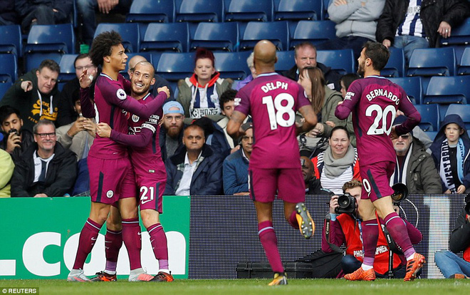 5 phút điên rồ, trận cầu mãn nhãn, và Man City tiếp mạch xưng bá Premier League - Ảnh 5.