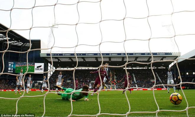 5 phút điên rồ, trận cầu mãn nhãn, và Man City tiếp mạch xưng bá Premier League - Ảnh 16.