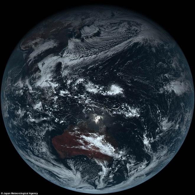 Siêu bão Lan: Cận cảnh dàn ăng-ten đẳng cấp của Nhật, mắt thần vũ trụ 121 Megapixel - Ảnh 5.