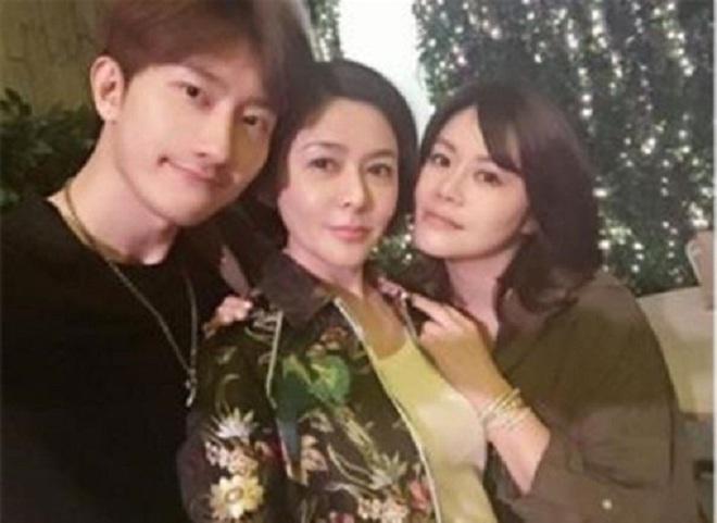 Chán đại gia, Quan Chi Lâm quay sang hẹn hò với trai trẻ - Ảnh 5.