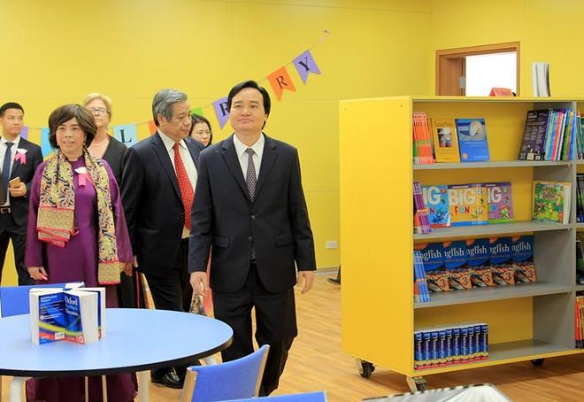 Bộ trưởng Phùng Xuân Nhạ: Tôi đánh giá cao và biểu dương tâm huyết của bà Thái Hương khi xây dựng TH School - Ảnh 5.