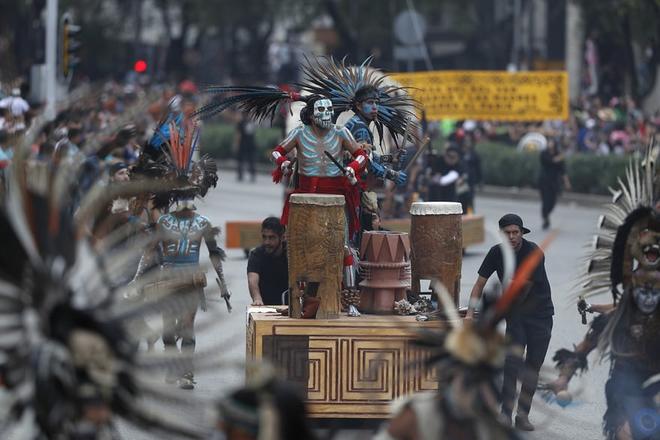 Ngày của Người chết - Lễ hội trên vùng đất vừa cướp đi sinh mạng của trăm người - Ảnh 7.